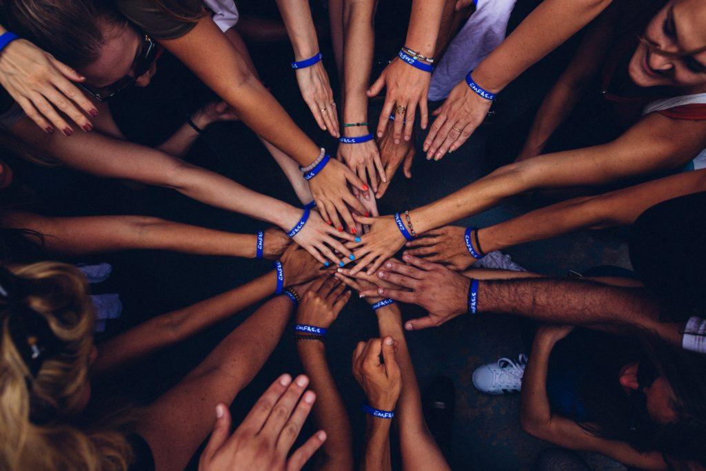 InterHumanCoaching - rozwój wewnętrzny, mindfulness, joga, Praca grupowa
